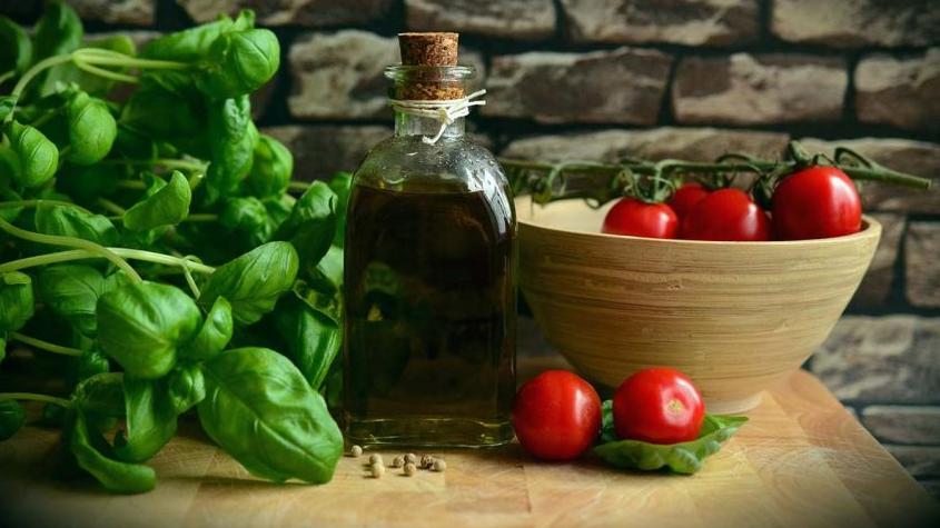 Dieta śródziemnomorska bogata w witaminy może pomóc w zapobieganiu depresji